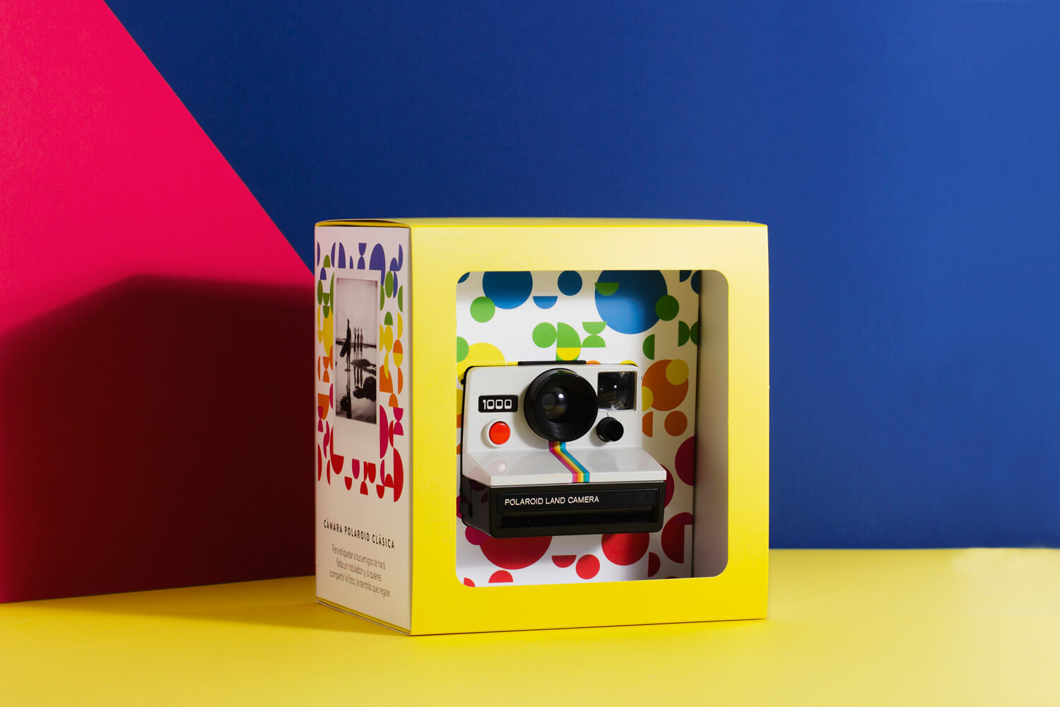 Anto Moreno Packaging Polaroid
